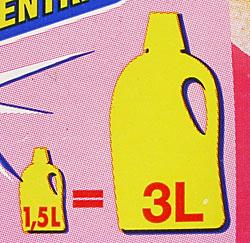 Waschmittel-Verpackung mit der Aufschrift: 1,5 Liter = 3 Liter