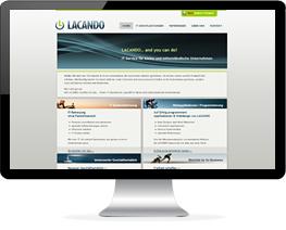 Monitor mit Website einer IT-Beratung