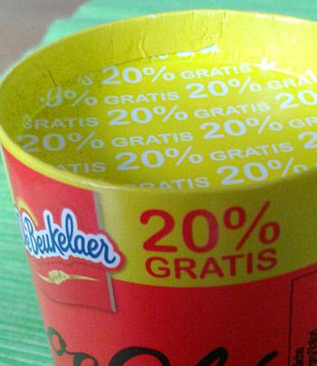 Schokoladenverpackung mit der Aufschrift: 20 % GRATIS